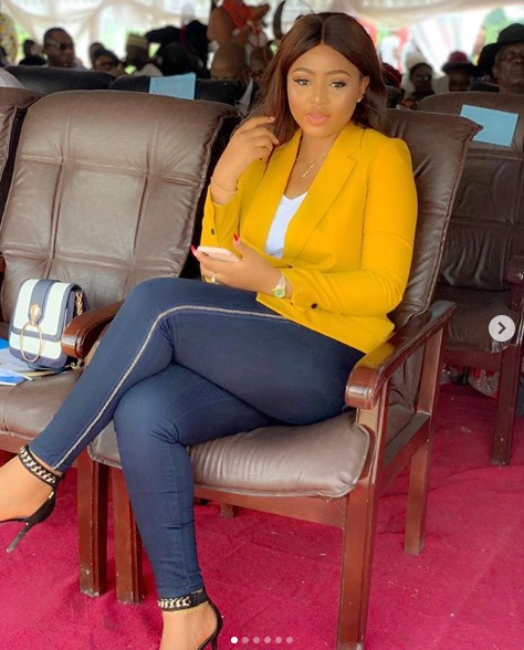 9268966 reginadanielsandhusbandnednwokomaketheirfirstpublicappearanceunclesuru2 jpeg3b27204d98f34113d3c944c4b47af872 - [Pictures] Actress Regina Daniels Makes First Public Appearance with Husband, Ned Nwoko