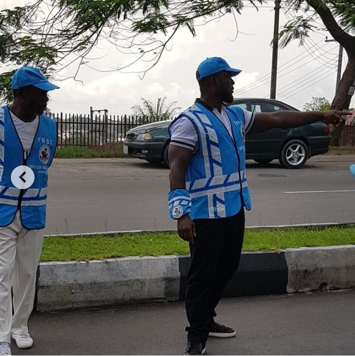 9270393 screenshot20190427194626 jpeg19b64075f2389c3ff260b073074d2a2e - Nollywood Actor Emmanuel Ehumadu Spotted on FRSC Duty [pictures]