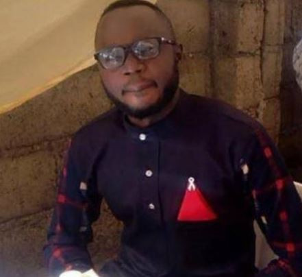 5cd3d06ddc737 - Nigerian journalist arrested for re-posting an article on Facebook