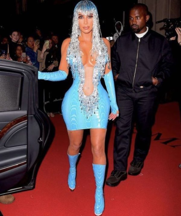 923F9BCE AE8C 40E0 BFE5 1F6B06B90F5E - [Photos]: Kim Kardashian looks unrecognizable to the 2019 Met Gala after party