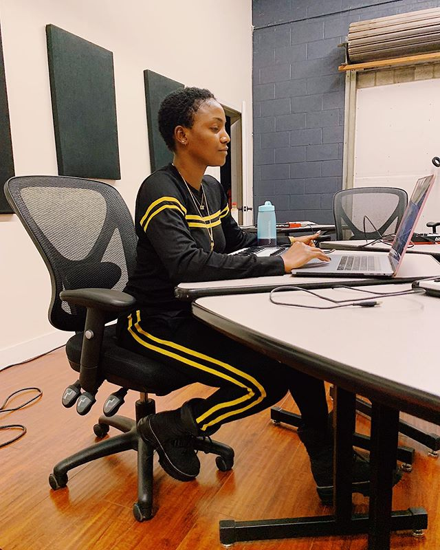 ''Being A Woman Is So Hard'' - Singer, Simi, Opens Up