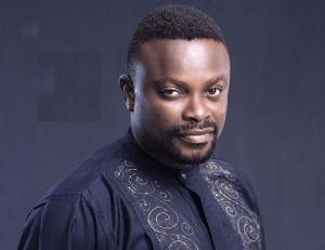 """las - """"Its now obvious his stupidity in movies is not scripted, Man is Mad"""" – Nigerians Say After Okon Lagos Dropped Another Video Insisting He Is Right Over Commercial Sex Worker"""