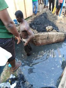 [Photos]: Robber Given Food, Soft Drinks And Told To Do Chores After Being Caught In Enugu