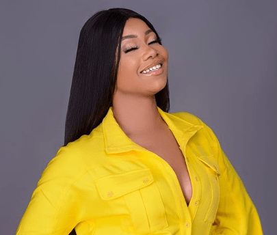 BBNaija: Followers Shock Tacha With Items After Interview In Lagos (Video)