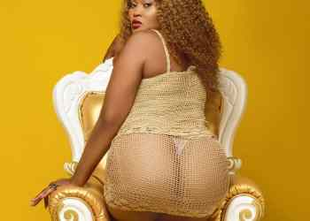 Actress Pat Ugwu Takes Photo Of Her Bare Bum Inside Toilet