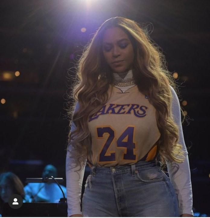 2 4 - Beyonce, Jennifer Lopez, Honour Kobe Bryant With Nail Art (Photo)