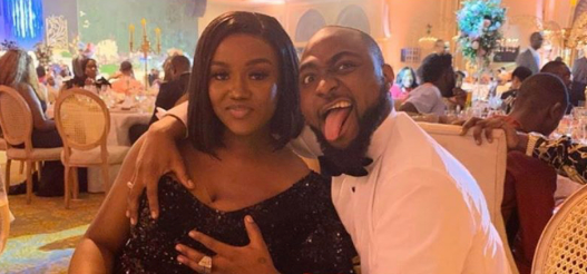 Davido Filmed Playing With Chioma While Observing Social Distancing (Video)