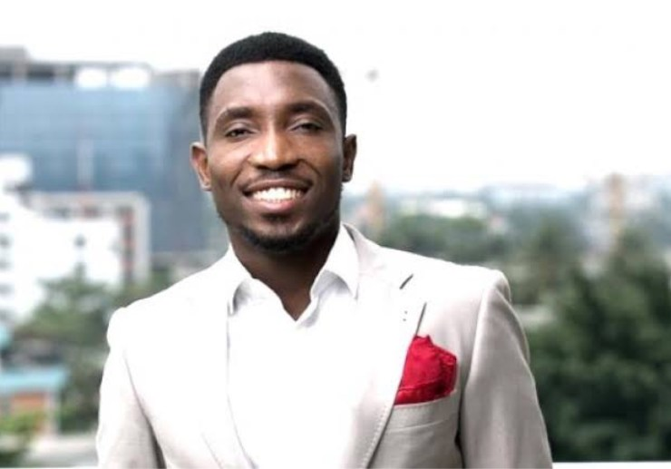 """""""People Don't Have Conscience"""" - Timi Dakolo Laments After His iPhone 12 Charger Gets Stolen"""