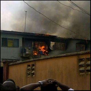 INTERNET IMAGE OF BURNING 2 STOREY BUILDING