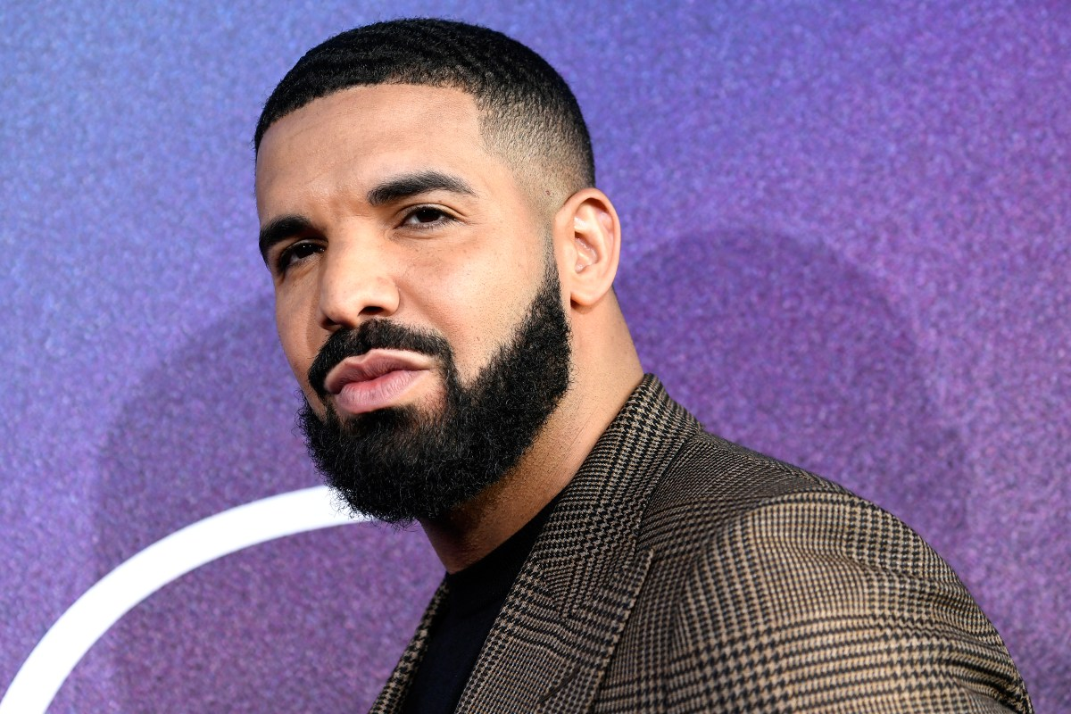 Man Loses His Cool After Hitting Knuckles With Canadian Rapper Drake (Video)