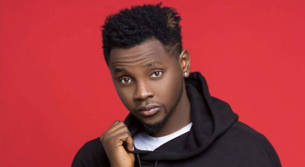 'Weather Is Rainy, The Boy Is Lonely', Kizz Daniel Tells Fans