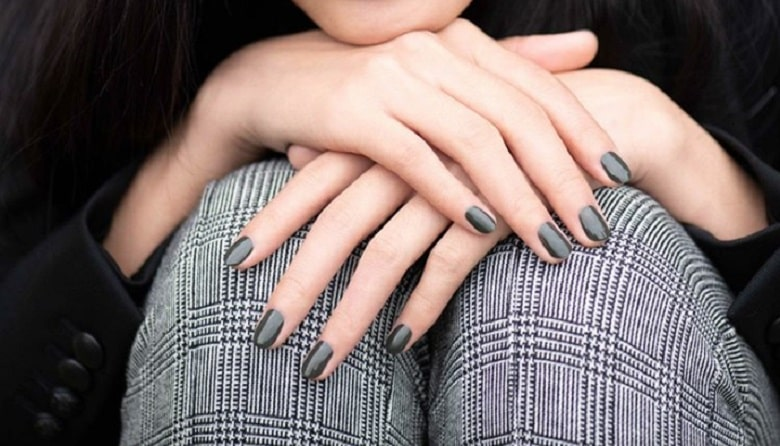 Trending Winter Nail Colors And Designs To Copy