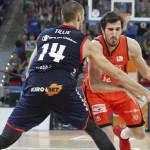 90-70. Baskonia iguala la serie con una gran encuentro ante Valencia Basket