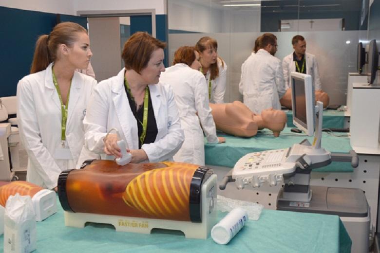 Especialistas realizan tres programas distintos en las instalaciones del Hospital Virtual de la UCV/Img. UCVnews