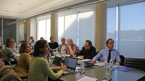 El doctor Carlos Simón en primer término, al frente del grupo de investigación del proyecto HUTER/Img. informaValencia.com
