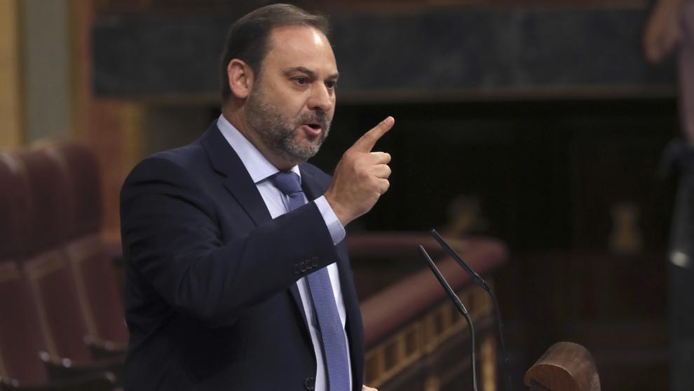 JoséJosé Luis Ábalos, el servil ministro de Fomento de Sánchez/img twitter Luis Ábalos, el servil ministro de Fomento de Sánchez/img twitter