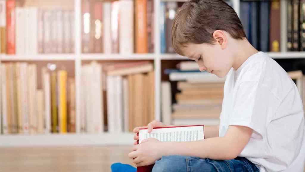 Convertir verbos en sustantivos y sustantivos en verbos aumenta el efecto dramático de las palabras/informaValencia.com