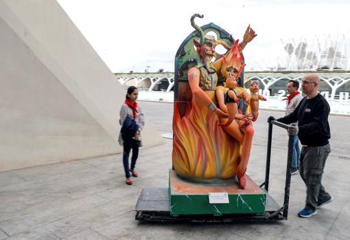 Exposición de Ninot, traslado./informaValencia.com