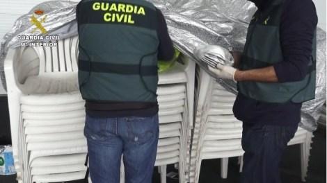 La Guardia Civil requisa cerca de 69.000 mascarillas y más de 5.000 gafas y guantes, este miércoles 18 de marzo/GC