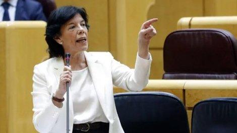 La ministra Celaá durante una comparecencia en el Senado./twitter