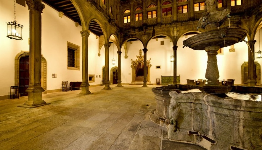 Parador de Santiago. Claustro de San Juan - informaValencia.com