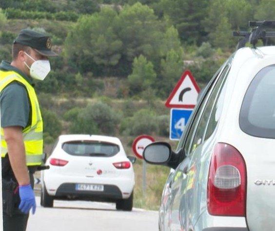 Controles de la Guardia Civil en los accesos a benigànim - informaValencia.com
