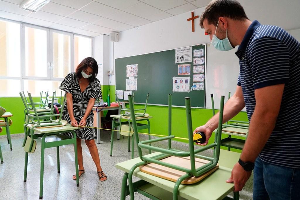 Adaptación de espacios y aulas en el colegio Ave María de Penya-Roja, de Valencia - A. Sáiz