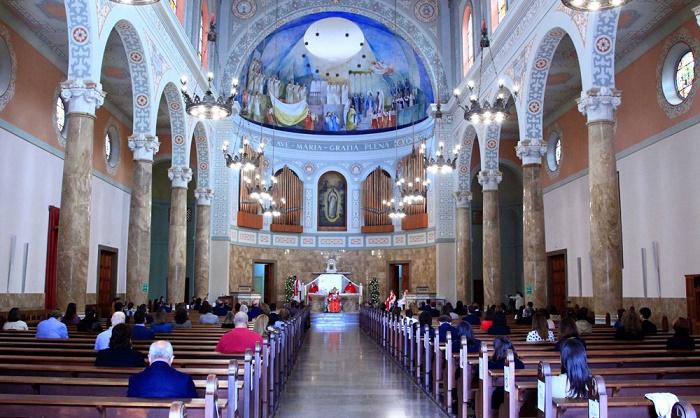 Misa de inicio de curso presidida por el cardenal Cañizares. AVAN