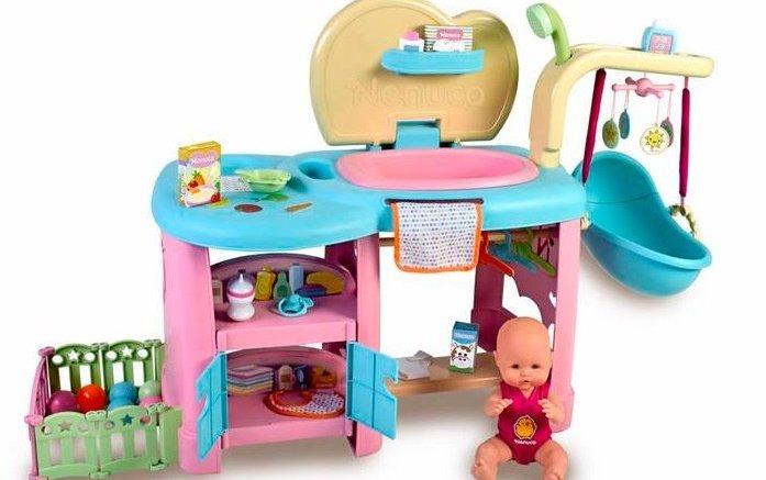 La Asociación de Fabricantes de Juguetes ha destacado un juguete con un valor muy importante, que es el de aprender a cuidar de la gente, el Maxi Care de Nenuco./ Img. informaValencia.com