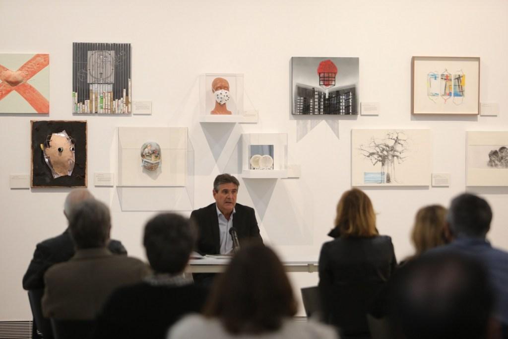Eduardo Alcalde, presidente de Fuvane, durante la presentación de la exposición sobre las víctimas de la Covid-19
