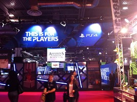 PGW13 - Stand Sony PS4 01