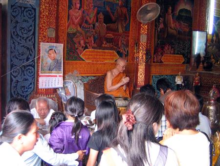 Les Thaïlandais seraient-ils moins bouddhistes ?