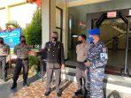 Kabid Labfor Polda Terima Kejutan Dari Komandan Pomal Lantamal VI Sulsel