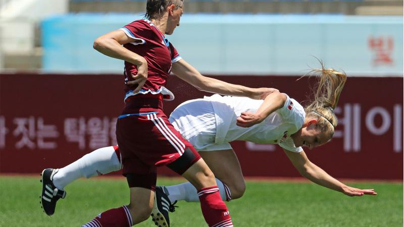 Le Canada trébuche face à la Russie et jouera pour le bronze