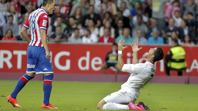Suarez sauve le Barça, le Real à l'arrêt