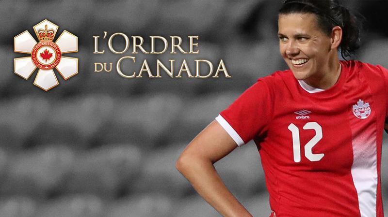 Christine Sinclair reçoit l'Ordre du Canada