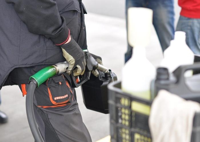 Aplicativos que ajudam a economizar na Gasolina - 10 aplicativos que ajudam a economizar combustível e você deve conhecer.