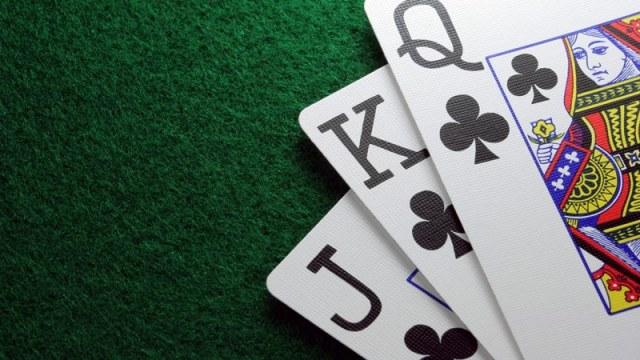 Jogar Poker Online 1 - Como jogar poker popularmente difundido online.