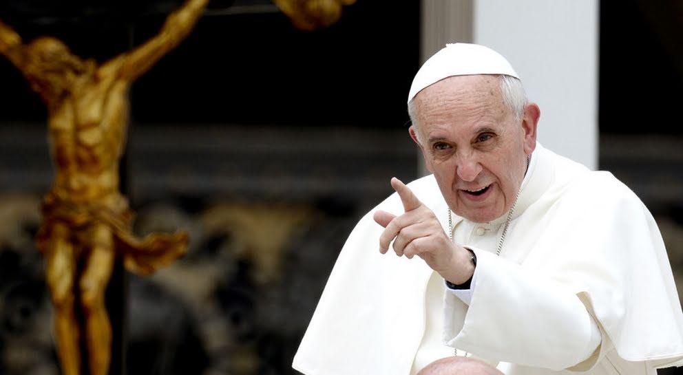 Resultado de imagen para Papa Francisco lamenta guerras degrada ambiente social en año 2017
