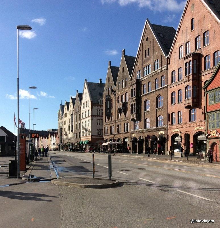 bergen_bryggen_sol
