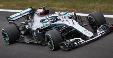 Valtteri Bottas kehrte mit einem zwei Jahre alten Rennwagen auf die Traditionsstrecke zurück. Foto: Steve Etherington/Mercedes-Benz Grand Prix Ltd./dpa