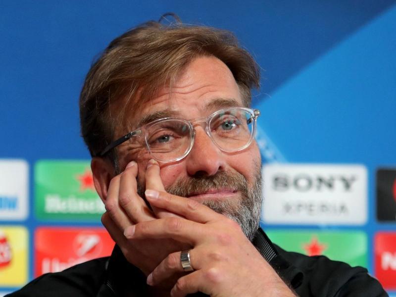 Steht mit dem FC Liverpool kurz vor seinem größten Triumph in England und kann schon mal träumen: Jürgen Klopp. Foto: Richard Sellers/PA Wire/dpa