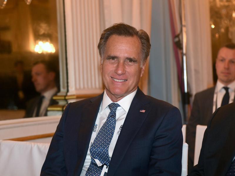 Führende US-Senatoren beider Parteien, hier US-Senator und Republikaner Mitt Romney, wollen den von Präsident Donald Trump gewünschten Abzug amerikanischer Truppen aus Deutschland per Gesetz verhindern. Foto: Felix Hörhager/dp