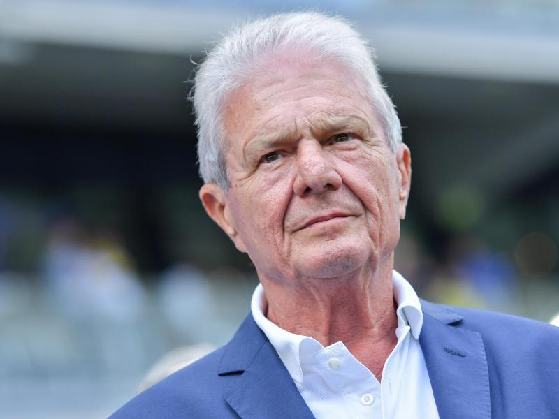 """Hoffenheims Mäzen Dietmar Hopp sieht beim BVB """"Kommerz pur"""". Foto: Uwe Anspach/dpa"""