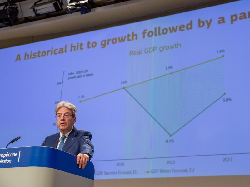 Der ökonomische Schaden der Pandemie war noch größer als gedacht, sagt Paolo Gentiloni, EU-Kommissar für Wirtschaft. Foto: Xavier Lejeune/Commission Européenne/dpa