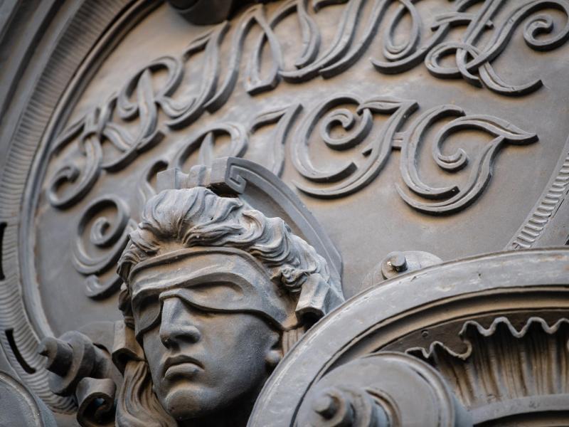 Am Berliner Landgericht ist das Urteil im Weizsäcker-Mordprozess gesprochen worden. Foto: Fabian Sommer/dpa