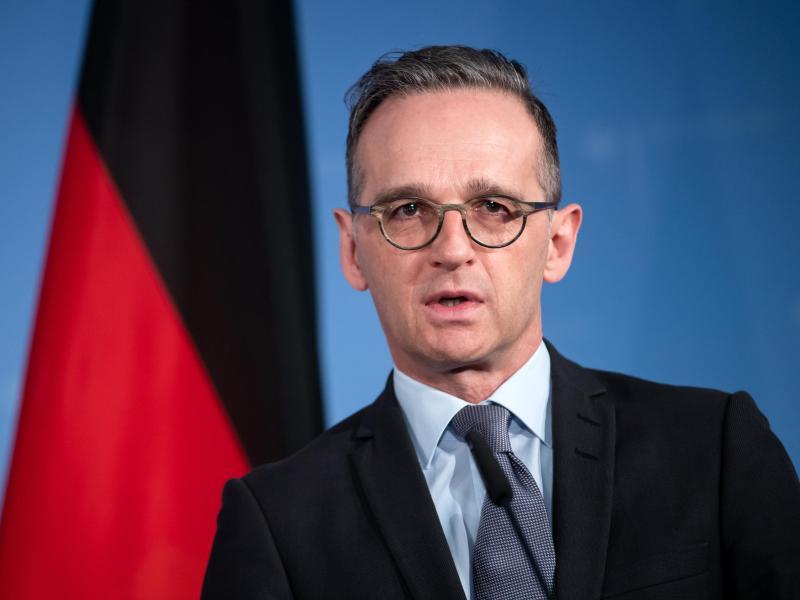 Außenminister Heiko Maas (SPD) äußert sich bei einer Pressekonferenz. Foto: Bernd von Jutrczenka/dpa