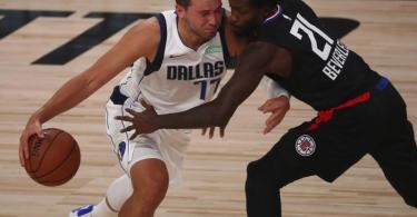 Luka Doncic (l) schrieb trotz der Niederlage erneut NBA-Geschichte. Foto: Kim Klement/Pool USA Today Sports/AP/dpa