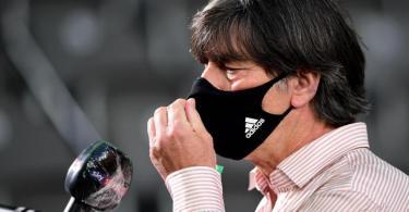 Verzichtet für den Länderspielauftakt auf vier Bayern-Profis: Bundestrainer Joachim Löw. Foto: Robert Michael/dpa-Zentralbild/Pool/dpa