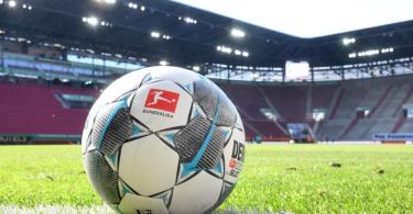 Die Bundesligaspiele werden vor weitgehend leeren Zuschauerrängen stattfinden. Foto: Tobias Hase/dpa - Pool/dpa